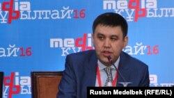 Ақпарат және байланыс вице-министрі Алан Әжібаев. Алматы, 11 қараша 2016 жыл
