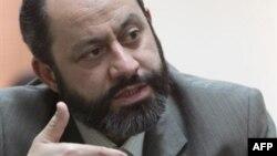 شهابالدین صدر، رئیس کل سازمان نظام پزشکی ایران.