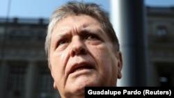 آلن گارسیا ۶۹ ساله متهم به دریافت رشوه از یک شرکت ساختمانی برزیلی شده بود.