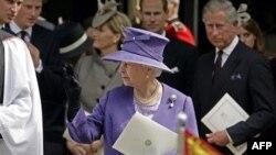 Для королевской семьи смерть Дианы стала испытанием
