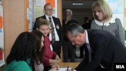 Pamje nga procesi i votimit në Maqedoni