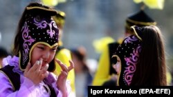 Бишкектеги Нооруз майрамы. 21-март, 2019-жыл. Иллюстрациялык сүрөт