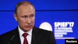 Владимир Путин на Петербургском международном экономическом форуме, 2 июня 2017 года