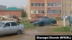 Дауылдан құлап қалған кран. Ақтөбе, 3 шілде 2017 жыл.
