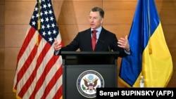 За словами спецпредставника США, ініціатива Володимира Зеленского по розведенню сил у Станиці Луганській та його звернення до жителів ОРДЛО дає надію на мир