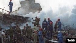 9 сентября 1999 года. Не месте взрыва жилого дома по улице Гурьянова в Москве