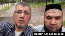 Ташкентские блогеры Рустам Карим (слева) и Тулкин Астанов.
