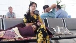 Ýurda dolanan lebaply zenan aeroportda 24 sagatlap soraga çekildi