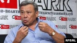 Генерал-майор Айткали Исенгулов — бывший первый вице-министр обороны по воспитательной и социально-правовой работе.