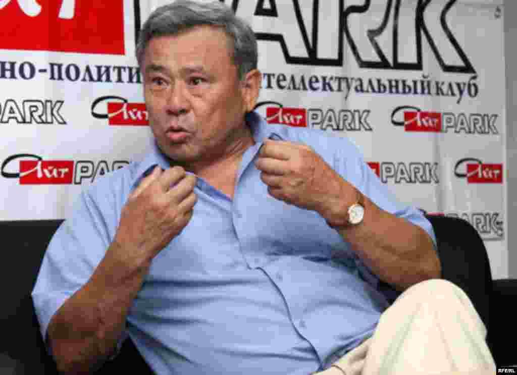 Генерал-майор Айткали Исенгулов, бывший первый вице-министр обороны по воспитательной и социально-правовой работе.