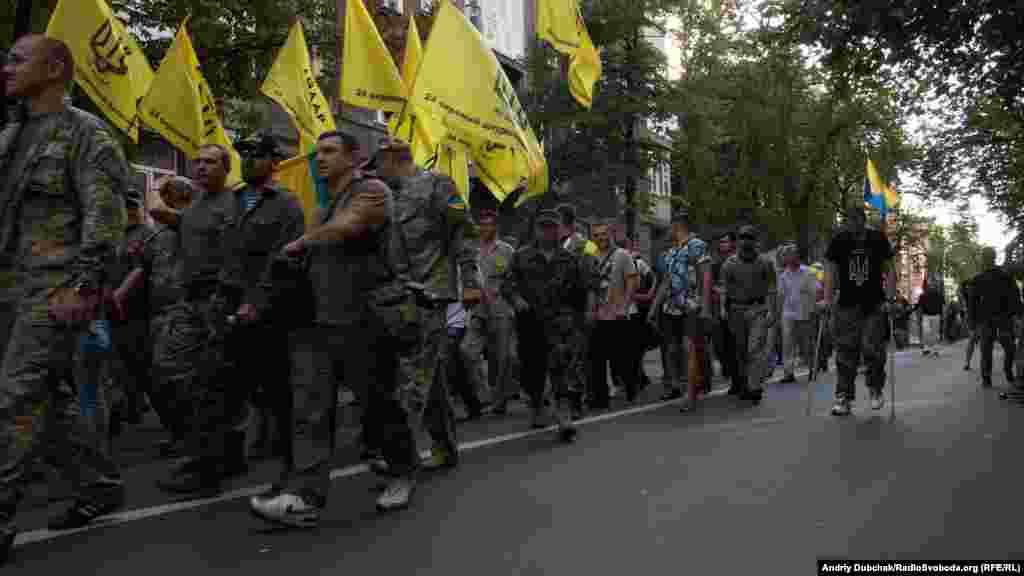 Колона бійців та волонтерів батальйону«Айдар»