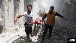 На одной из улиц Алеппо