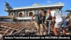 Pamje nga shkatërrimi që ka shkaktuar tërmeti në ishullin Lombok, Indonezi.