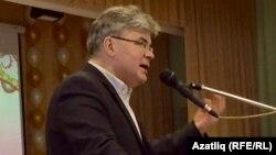 Искәндәр Гыйләҗев