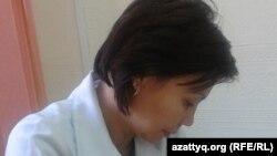 """Куляш Окасова, медицинская сестра детского сада """"Ерке"""" в Актобе. 19 сентября 2014 года."""
