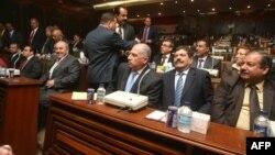 أعضاء في القائمة العراقية في جلسة لمجلس النواب
