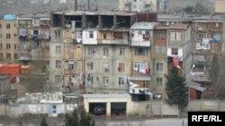 Köçkünlər yaşayan yataqxana (arxiv fotosu)