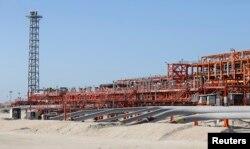 На искусственном острове Д на морском нефтяном месторождении Кашаган. 22 августа 2013 года.
