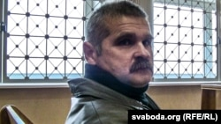 Леонид Смовж в зале суда. Минск, 11 ноября 2013 года.