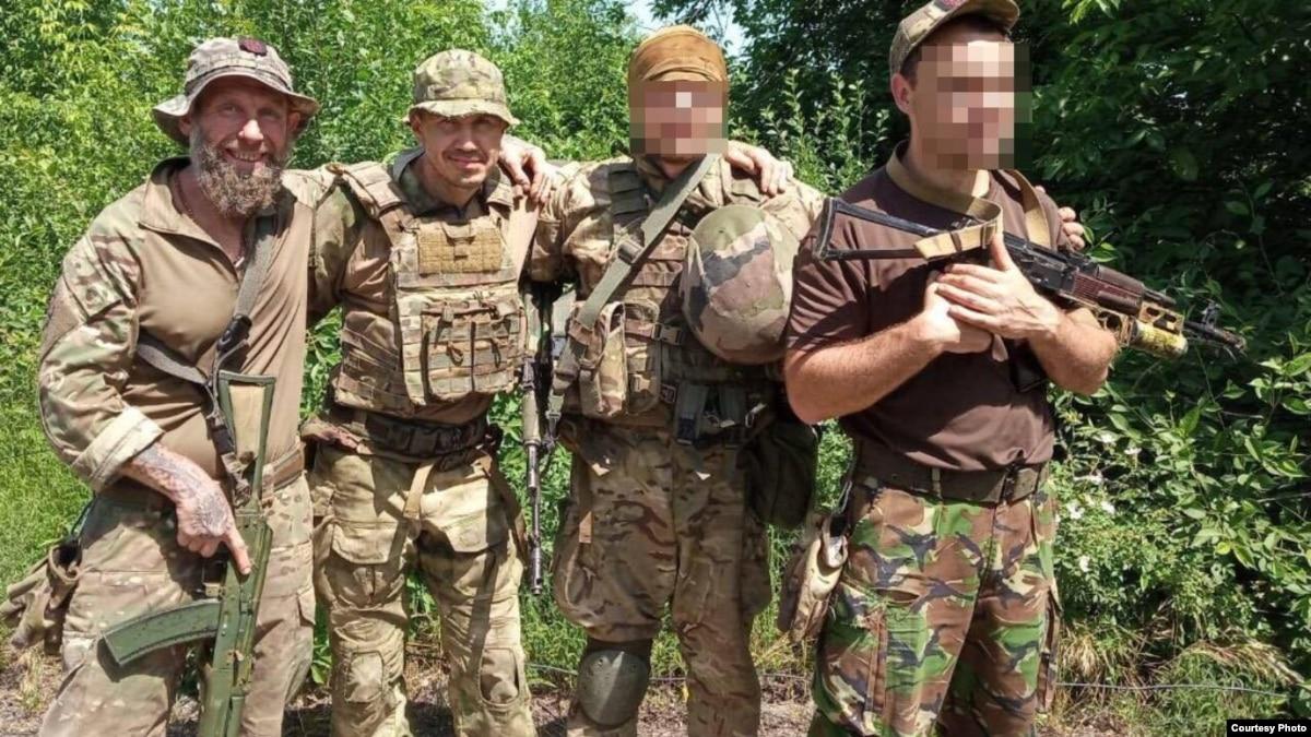 Стало известно имя солдата, который потерял ногу во время вывоза Цемаха. Фото
