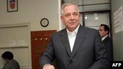 Premijer Ivo Sanader na biralištu, 17.05.2009