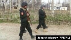 "Бойцы спецназа ""Шер"" в селе Чарбак, 23 марта 2013 года."