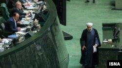 حسن روحانی می گوید، اگر آمریکا تحریمها را لغو کند، می تواند«در جلسه ۱+۵حضور پیدا کند»