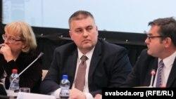Андрэй Краўчанка (у цэнтры), архіўнае фота