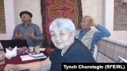 Жаңыл Абдылдабек кызы, Талип Ибрагимов, Эрнест Абдыжапаров. 11.5.2015.