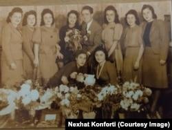 Safina Konforti me familjen e saj në Shkup.