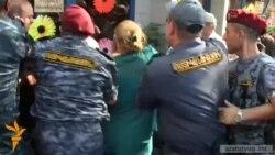 Իրավապաշտպանները քննադատում են ոստիկանների գործողությունները