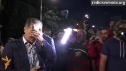 Рудьковського змусили кинути камінь у посольство Росії й облили зеленкою