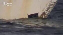В Индонезии ко дню независимости затопили несколько десятков браконьерских лодок