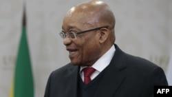 Джейкоб Зума, ОАР-дың отставкаға кеткен президенті.