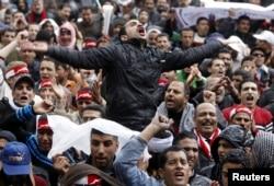 Демонстрация на площади Тахрир в Каире