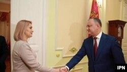 Rodica Antoci și Igor Dodon.