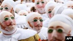 Красочные карнавалы - один из немногих пунктов, по которым у бельгийцев нет никаких разногласий