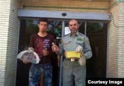 یک ماه پس از انتشار این تصاویر در فضای مجازی٬ یکی از این جوانها توسط یگان حفاظت محیط زیست استان آذربایجان شناسایی و به دادسرا معرفی شده است.