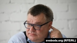 Претендент в кандидаты на пост президента Беларуси Виктор Бабарико. Минск, 11 июня 2020 года.
