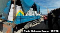 Macedonia - State Inspectorate for Agriculture seized over 10 tons of pesticides of dubious quality.