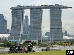 Хмарачосы гатэлю Marina Bay Sands у Сынгапуры