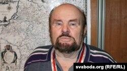 Леанід Данека