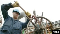 Кому война... После продажи Мажейкяйского НПЗ в «неправильные» руки Москва перекрыла Литве нефтяной кран