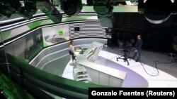 RT Qərb ölkələri tərəfindən təbiğatda ittiham olunmasına baxmayaraq özünün fransızdilli kanalını açıb