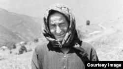 Пожилая женщина из Чечни. Фотография 1977 года.