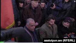Раффи Ованнисян начал голодовку на площади Свободы, 10 марта 2013 г.