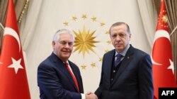 Эрдоган жана Тиллерсон. Анкара, 30-март, 2017-жыл.