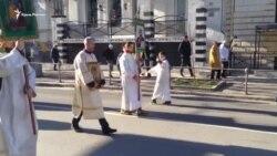 Рождественский крестный ход на улицах Севастополя (видео)