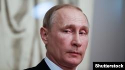 Президент РФ Владимир Путин, 27 марта 2017 года, архивное фото