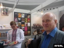 Фінський перекладач української літератури Ееро Балк поповнює свою українську бібліотеку